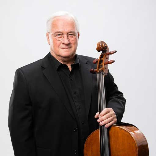 Headshot for CSO musician Charles Snavely