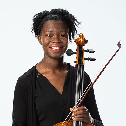 Headshot of cellist Denielle Wilson