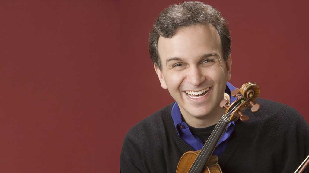 Headshot for violinist Gil Shaham